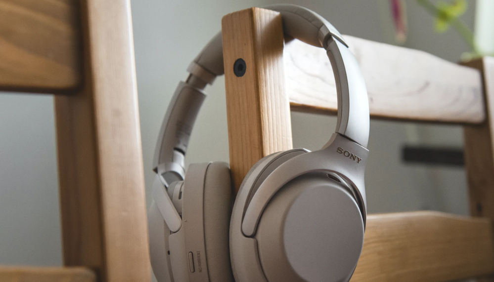 Sony WH-1000XM3.png